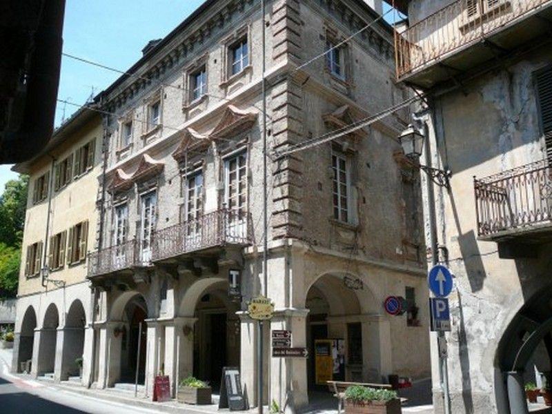 Palazzo Borelli - Esterni